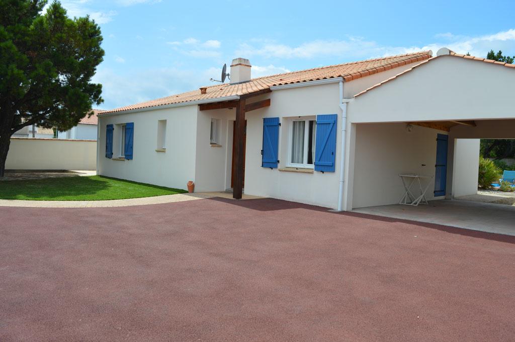 maison/villa la tranche sur mer à l'entrée du village de la Terrière