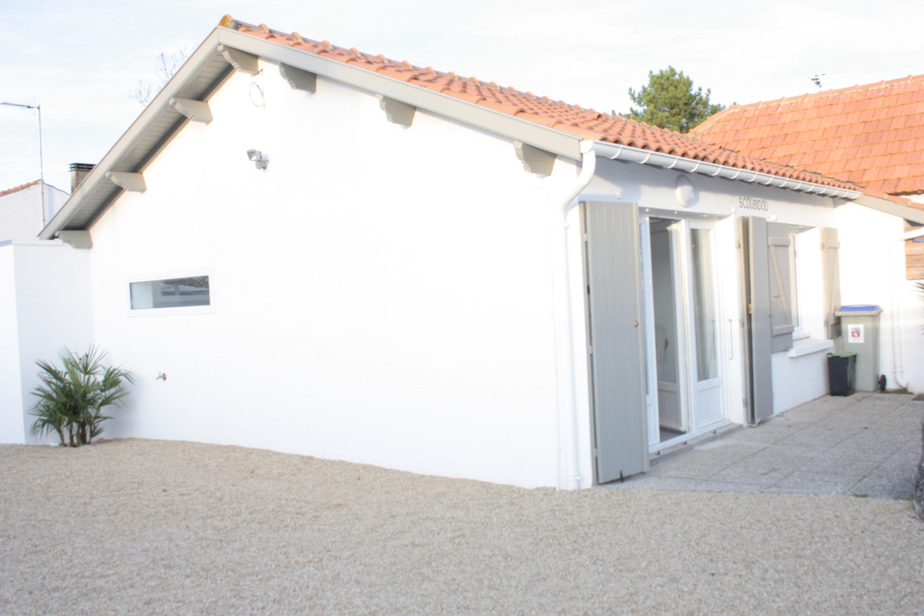 maison/villa la tranche sur mer rénovée, à quelques pas des commerces de proximité de la Gri